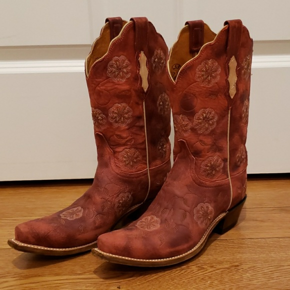 4b4c8d72f80 Lucchese Rose colored Embroidered Cowboy Boots